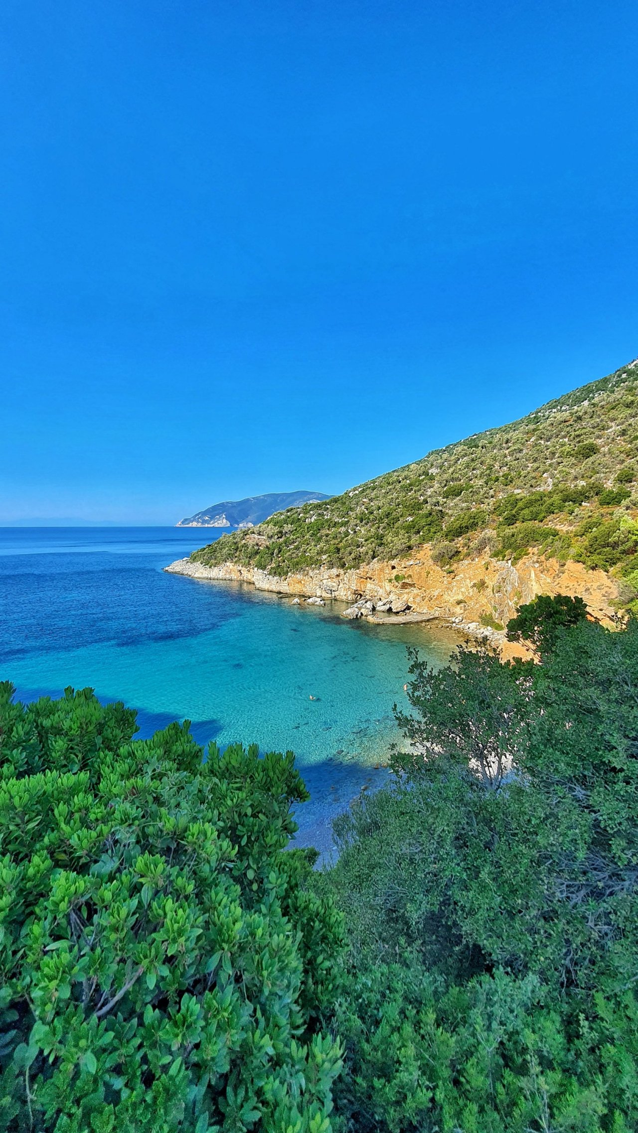 Mikros Mourtias beach, Alonissos🇬🇷